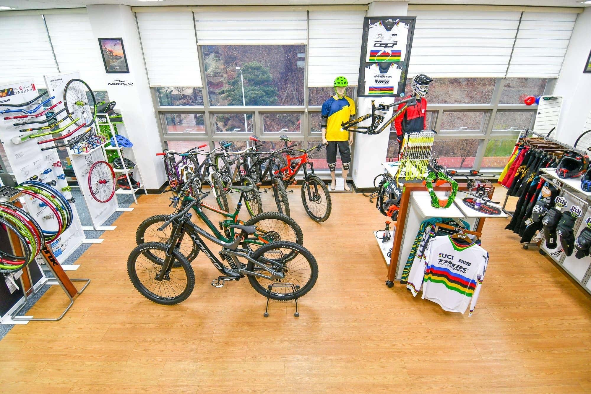 Korea Cycle Showroom IMT