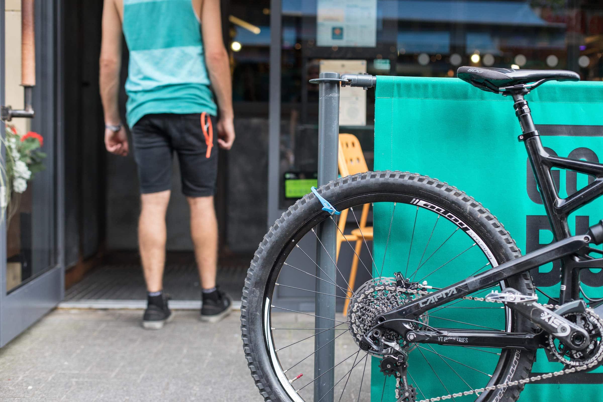 Hiplok Z LOK locking mtb bike